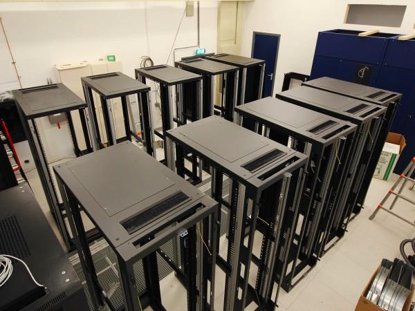 Bouw turn-key datacentre mediatoren Hilversum