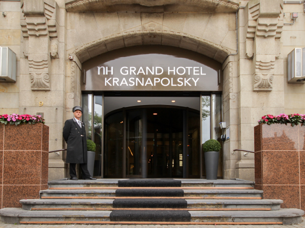 Bouwtimelapse: NH Grand Hotel Krasnapolsky