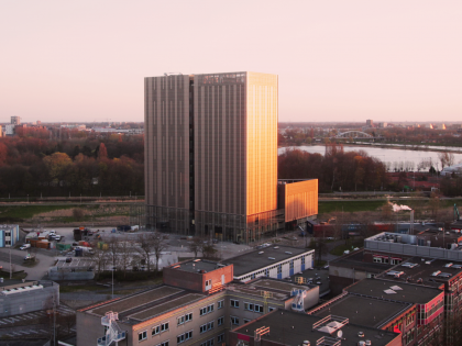 Timelapse bouw Amsterdam Data Tower