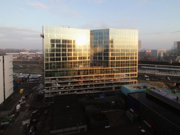 Timelapse bouw Van der Valk Exclusief Amsterdam Zuidas